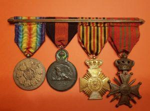 Barette - Ensemble - Croix de Guerre 1914-1918 - Croix Militaire - Médaille de L'Yser - Victoire