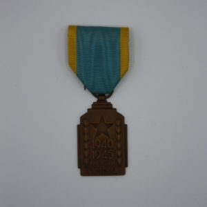 Décoration Belgique - Médaille de 'Effort de Guerre Coloniale 1940-1945 - Octobre 1947