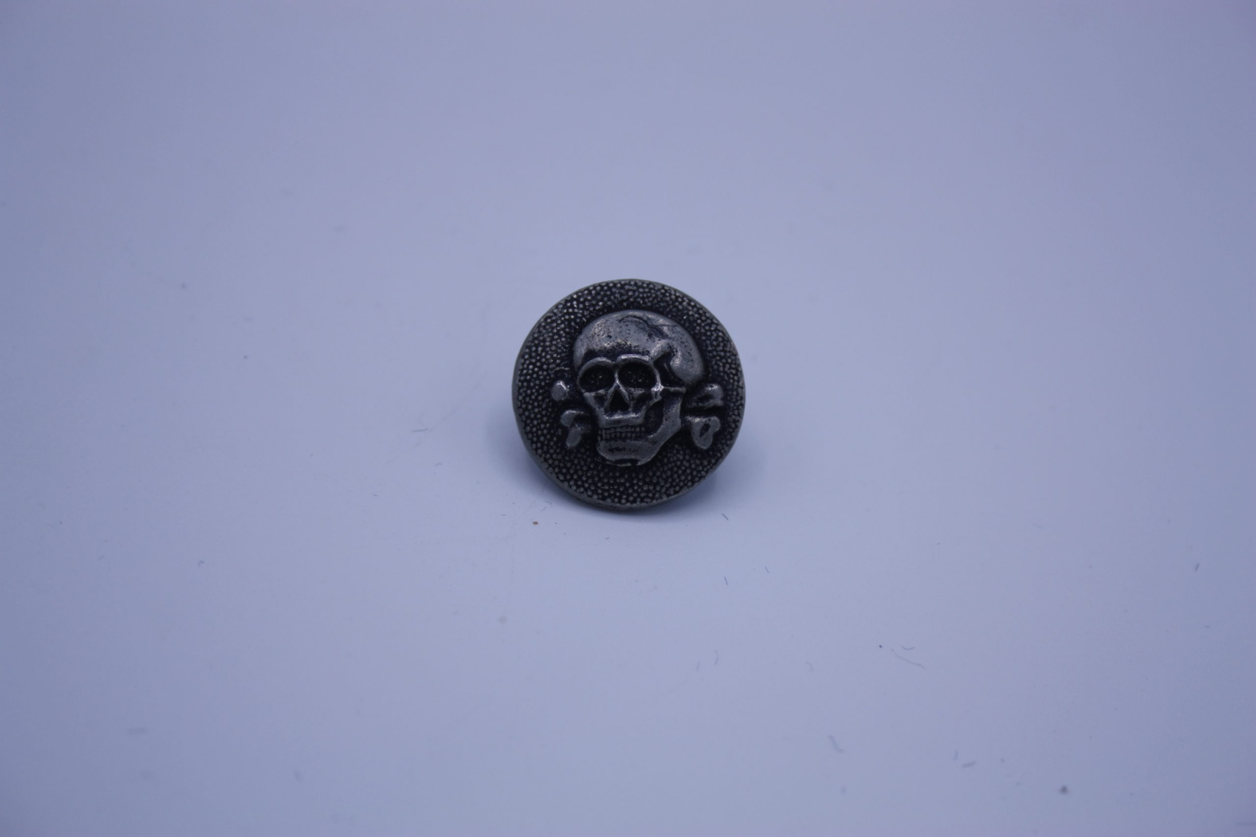 Militaria - Bouton - Allemagne - SS - RZM - Buttom